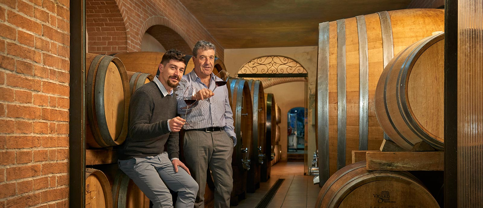 Winery and sale of Roero wines - Cascina Ca' Rossa - Canale d'Alba (CN)